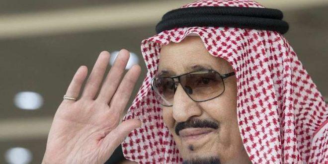 الملك سلمان بن عبد العزيز يصل نيوم