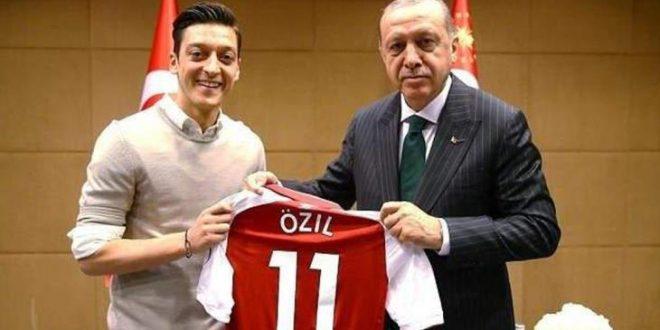 الحكومة التركية تدعم قرار مسعود أوزيل